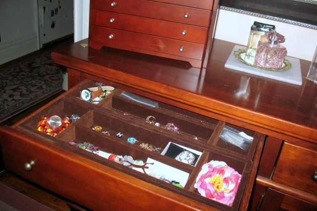 After: Sarah's dresser now showcases jewelry.