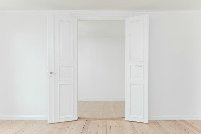 White Doors-philipp-berndt