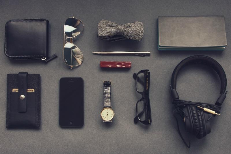 Organized Personal Items_vadim-sherbakov_unsplash